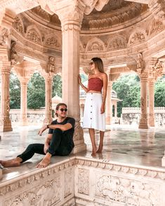 The Ultimate Guide To Jaipur - American and the Brit - Travel Couple Passport Information, Jaipur Travel, Heritage Hotel, Rooftop Restaurant, Jaisalmer, Famous Places, Buy Tickets, Travel Couple, Indian
