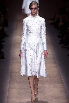 Valentino Spring 2013 Ready-to-Wear Fashion Show - Hedvig Palm (Next)