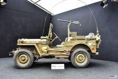 #Jeep #Willys à l'expositon RM Auctions aux Invalides Reportage et résultats : http://newsdanciennes.com/2016/02/04/rm-auctions-sothebys-aux-invalides-exposition-et-resultats/ #VintageCar #ClassicCar #Voiture #Ancienne