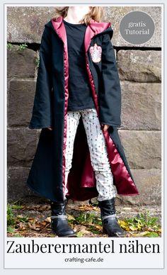 Nähen für Halloween: Zauberermantel Tutorial * The Crafting Café – Bavece Contemporary Dance Costumes, Easter Suit, Glue Gun Crafts, Diy Mode, Beige Aesthetic, Free Sewing, Mantel, Bomber Jacket, Coat
