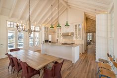 Hardwood Design Company's Custom Texas Post Oak Hardwood Flooring