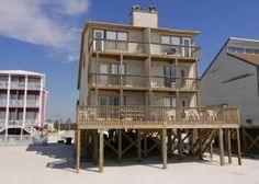 Gulf Shores, AL: Summer Winds is reminiscent of fresh hanged linen blowing from gentle breezes. This west side duplex is a perfect family vacation home and even comes ...