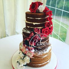 Not booked your wedding cake yet? That Cakes the Biscuit are offering 10% off bookings when a deposit is paid on the day of The Holiday Inn Ellesmere Port Wedding Fayre this Sunday!
