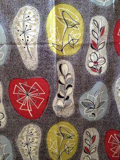Botanical' Print on Curtains Textile Patterns, Textile Design, Textile Art, Fabric Design, Print Patterns, Motif Vintage, Vintage Textiles, Vintage Patterns, Retro Pattern