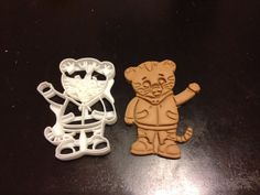 Daniel Tiger Cookie Cutter from Daniel Tiger's Neighborhood. 2 1/2 x 3 1/2 inch dishwasher safe ABS plastic. Cookies, Play-Doh, fondant, etc