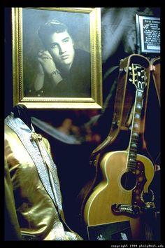 Graceland  and memories of Elvis