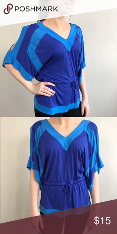 Blue flow blouse Blue blouse that ties at waist New York & Company Tops Blouses