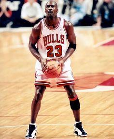 "The Jordan Underground on Instagram: ""#13s repost @michaeljordan23tribute"" Mike Jordan, Michael Jordan Basketball, Chicago Bulls, Michael Jordan History, Basketball Videos, Basketball Art, Michael Jordan Pictures, Surf, Tracy Mcgrady"