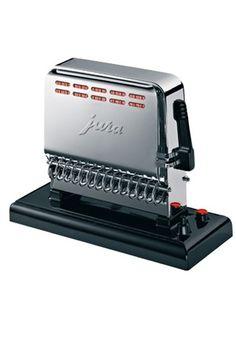 Chrome Toaster Jura - Jura: les appareils ménagers made in Suisse - Si vous avez envie de toasts croustillants, laissez vous tenter par le Chrome Toaster de Jura. Ce grand classique séduit toujours par son design authentique qui rappelle les appareils ménagers des années 50...