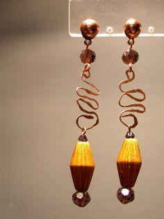 orecchini rame e nappine realizzati a mano