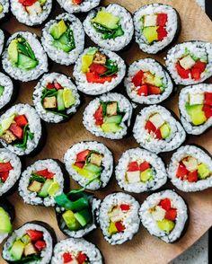 "6,317 Likes, 73 Comments - Loni Jane (@lonijane) on Instagram: ""Sushi is always a good idea. Actually it's always the best idea. It never lets me down 😍🙌🏼 plenty…"""