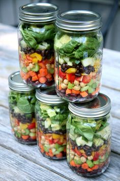 •POPSUGAR•Health & Fitness•meal prepHigh-Protein Mason Jar SaladsHow to Pack High-Protein Mason Jar Salads For the WeekSharesColourful chopped veg and beans (kidney, garbanzo, and black!) steal the show …