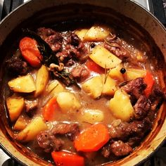 """""""And I sold my last serve. However for a good cause @leyogadaylesford cooking for Nepal with love Daisy. X #daisydining #daylesford #catering #daylesfordcatering #leyogadaylesford #yogafornepal #cookingwithlove #slowcook #lamb #localproduce #braise #ilovemyjob #daisyrecipe #daisystyle"""" Photo taken by @daisy_dining on Instagram, pinned via the InstaPin iOS App! http://www.instapinapp.com (06/01/2015)"""
