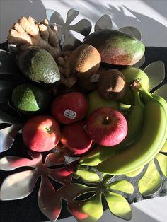 Frukt är så gott🥑🍏🍇