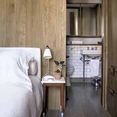 Amazing Bedroom Designs With Bathroom 03 Bedroom With Ensuite, Bedroom Wall, Ensuite Bathrooms, Loft Bathroom, Garden Bedroom, Small Bathrooms, Bathroom Faucets, Bathroom Interior, Modern Bathroom