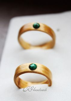 Wooden Ring  Spruce wood & Malachite by HandmadeWoodenRings
