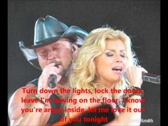 Faith Hill and Tim McGraw - these two are gorgeous Country Music Videos, Country Music Artists, Country Music Stars, Country Singers, Soul 2 Soul, Country Couples, Country Prom, Country Men, Tim And Faith