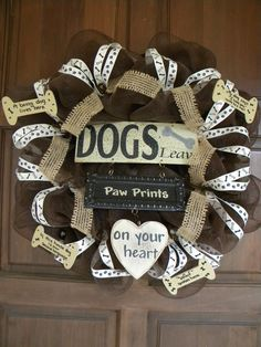Brown Deco Mesh Dog Wreath by DecoratedDoors Deco Mesh Crafts, Wreath Crafts, Wreath Ideas, Dog Wreath, Heart Wreath, Dog Crafts, Deco Mesh Wreaths, Burlap Wreaths, Crafty Craft