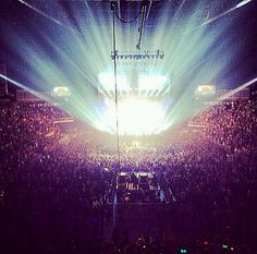 """Mrs Carter Show World Tour London O2 Arena 06.03.2014""""Has Finished  Next Stop Dublin March  8th"""