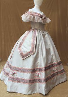 5f514b58f17f 1860s ballgown victorian dress. Abbigliamento Storico ...