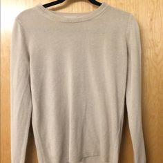 Super soft long sleeve Sfera (I got it from Spain), it's incredibly soft, no tears or stains- in excellent condition, I've worn it twice Tops Tees - Long Sleeve