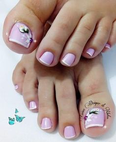 Hand and foot nails for this summer – 20 This summer your hand and toenails will be very remarkable. Toenail Polish Designs, Pedicure Designs, Pedicure Nail Art, Toe Nail Designs, Toe Nail Art, Feet Nails, Toenails, Luminous Nails, New Nail Art Design