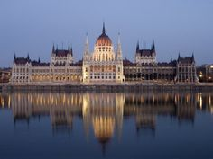River Danube and Parliament Building, Budapest, Unesco World Heritage Site, Hungary, Europe
