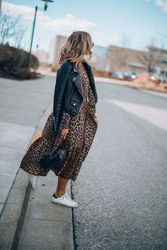 Petite Fashion Tips Leather Jacket Dress, Leather Dresses, Dress With Jacket, Fashion Mode, Petite Fashion, Fall Fashion, Curvy Fashion, Style Fashion, Mode Outfits