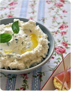 Tartinade de chèvre au citron et au basilic ! à essayer avec du filadelphia pour ceux qui n'aiment pas le chèvre