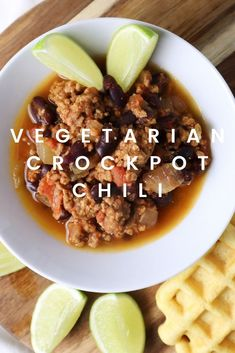Today I'm showing you how I make my vegetarian crockpot chili! I used the next level vegan meat from Lidl, but you should be able to use any fake meat you can get your hands on! If you're looking for a quick recipe you can prep before work, this is for you. #crockpotchili #vegetariancrockpotchili #vegetarian