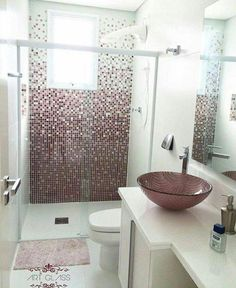 44 small apartment decorating ideas and inspiration 17 Glass Bathroom, Small Bathroom, Dyi Bathroom, Washroom, Modern Bathroom Design, Bathroom Interior Design, Mini Bad, Small Apartment Decorating, Aesthetic Room Decor