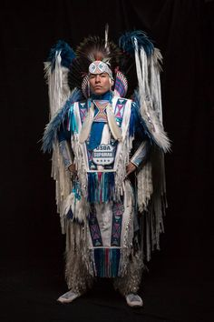 Native American musician Supaman shares his inspiration on this new video! Native American Clothing, Native American Regalia, Native American Quotes, Native American History, Native American Outfits, American Symbols, Eagle Pictures, Pow Wow, Human Art