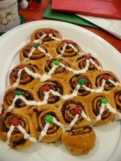 Karácsonyfa Christmas Time, Waffles, Breakfast, Cake, Food, Morning Coffee, Kuchen, Essen, Waffle