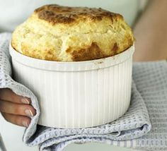 Cheese soufflé in 4 easy steps