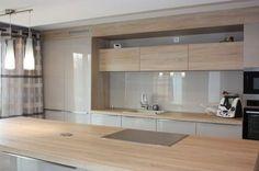 Aime idée îlot même bois que armoires!!!! meubles laqués blancs et bois - ForumConstruire.com