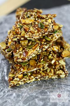 These Nuts & Seeds Brittle are delicious.recipe from Nourish Cookbook. Nuts And Seeds Recipes, Nut Recipes, Candy Recipes, Whole Food Recipes, Snack Recipes, Cooking Recipes, Healthy Bars, Healthy Snacks, Healthy Eating