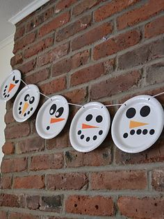Snowman Garland: white paper plates & different colors of card stock for embellishment. You can discuss shapes and colors of the facial parts!