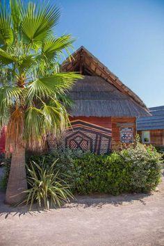 Les Prairies de la Mer - camping 5 étoiles idéalement situé à Port Grimaud dans le Golfe de Saint Tropez avec accès direct à la plage.