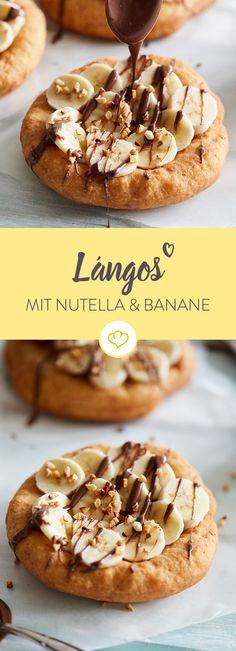 Hol dir mit diesen knusprigen Lángos die ungarische Küche nach Hause und belege die Hefeteigfladen mit Bananenscheiben, Nutella und knackigen Haselnüssen.