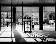 Ezra Stoller's Architectural Studies | Gallery | Archinect - Seagram Building Lobby - Mies van der Rohe