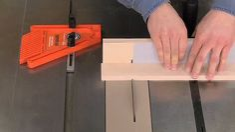 Cut Small Parts Safely   Woodsmith como cortar partes pequeñas tip