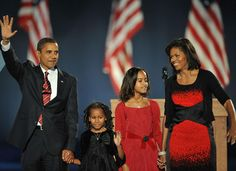 The Obama family takes the stage at the election night rally in Grant Park, Chicago | Photo: www.huffingtonpost.com