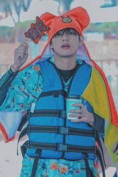 Foto Bts, Bts Photo, Taehyung Gucci, V Taehyung, K Pop, Namjoon, Vkook, Bts Backgrounds, Bulletproof Boy Scouts