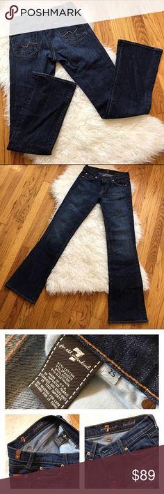 7 for All Mankind👖Jeans! Sz 25 7 for All Mankind👖Jeans! •Bootcut style w/flare •EUC Like new •5 pockets •Zip front 7 For All Mankind Jeans Boot Cut