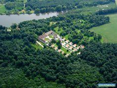 Majkpusztai kamalduli kolostor és kastély – Oroszlány – Dunántúl. Hungary