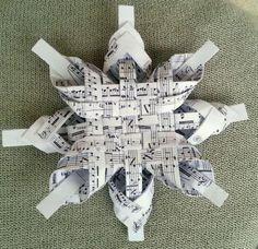 Video: Postup na švédsku vianočnú hviezdu z papiera, Tvorenie z papiera, fotopostup - Artmama.sk