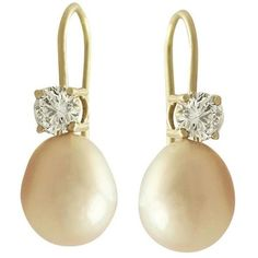 Preowned Pink Pearl And 0.60 Ct Diamond 18k Yellow Gold Drop Earrings (7.920 BRL) ❤ liked on Polyvore featuring jewelry, earrings, brinco, yellow, diamond drop earrings, diamond earrings, pink pearl earrings, yellow gold earrings and 18 karat gold earrings