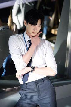 Lee jong suk ❤❤ while you were sleeping drama ^^ Lee Jong Suk Hot, Lee Jung Suk, Park Hae Jin, Park Seo Joon, Asian Actors, Korean Actors, Up10tion Wooshin, Lee Jong Suk Wallpaper, Kang Chul