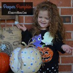 halloween-peeper-pum