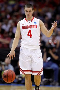 Aaron Craft<3 is one hell of a player. People can say he sucks but he holds the OSU team together. Plus he is not bad on the eyes! I love his rosy cheeks!